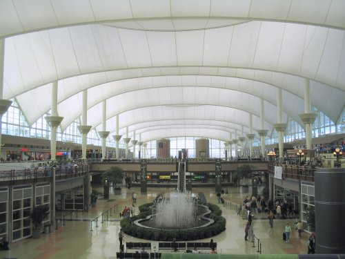 Denver_International_Airport_terminal